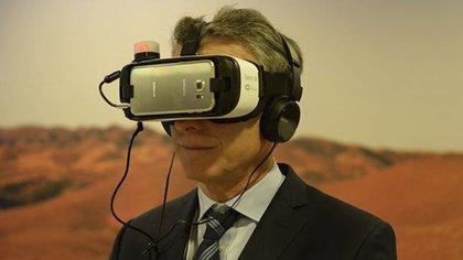 Macri hizo un lugar en la agenda para distenderse y probar un dispositivo de realidad virtual facebook Mauricio Macri  162