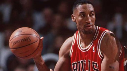 El recordado número 33 de los Bulls ganó seis anillos de la NBA (AP)