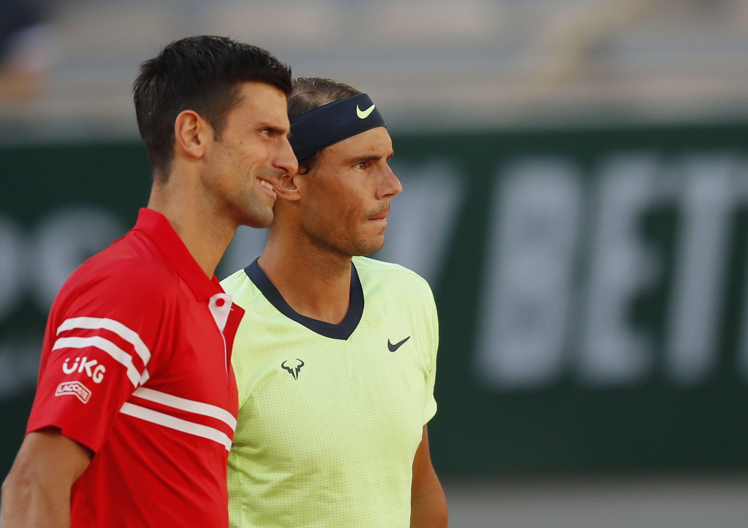 Novak Djokovic y Rafael Nadal se enfrentan en la segunda semifinal de Roland Garros (REUTERS/Gonzalo Fuentes)