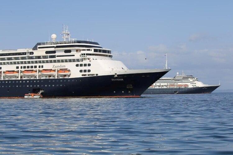 El desesperado ruego de los pasajeros del crucero MS Zaandam que piden desembarcar, ya hay 4 muertos y 9 con covid-19