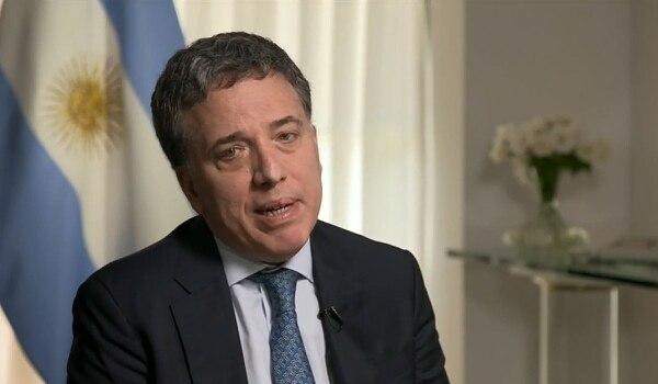 Dujovne reiteró que la Argentina alcanzará el déficit cero el año próximo