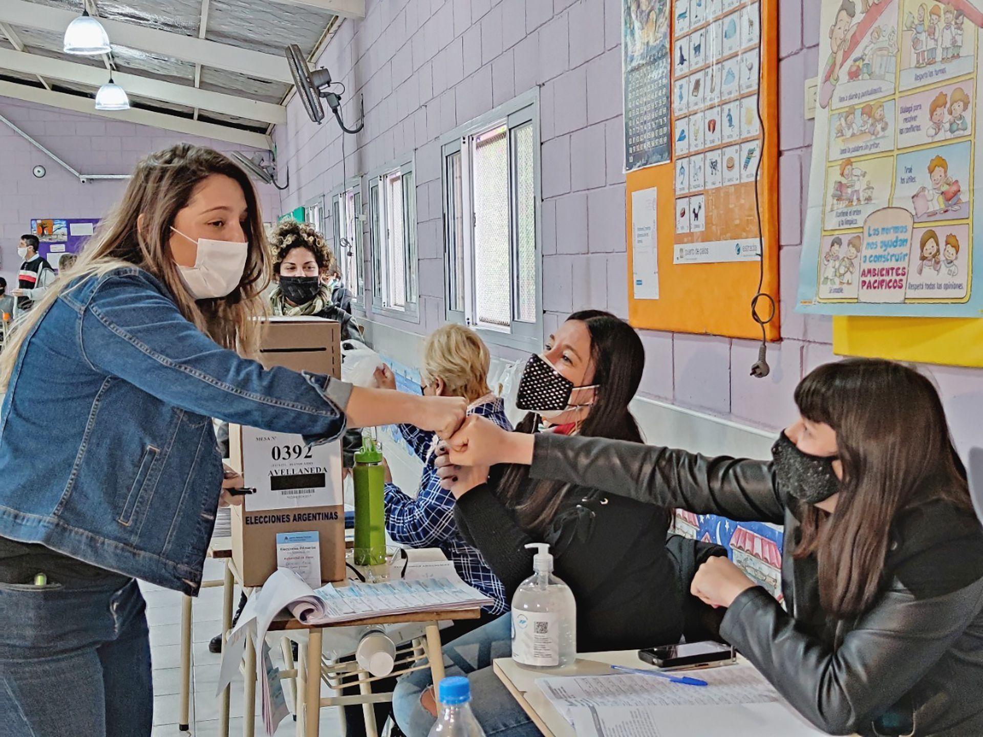 Voto Manuela Castañeira - Paso 2021