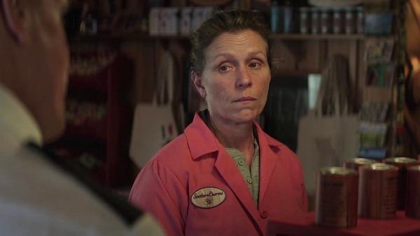 "Frances McDorman en escena ""Tres anuncios por un crimen"""