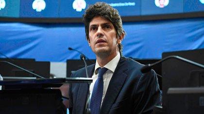 """Martín Lousteau: """"El Gobierno demuestra que la educación no es prioridad, la usa para resolver problemas políticos de otras jurisdicciones"""""""