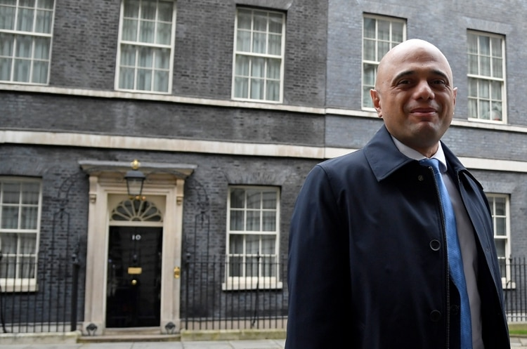 Sajid Javid, canciller del Tesoro del Reino Unido, en Downing Street (REUTERS/Toby Melville)