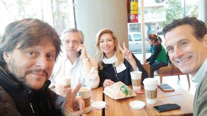 Santoro, Fernández, Yánez y Vitobello, en el desayuno del domingo