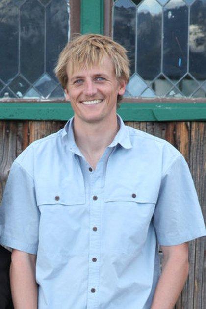 "Cody Cassidy, periodista de ciencias que publicó ""Who Ate the First Oyster?"". (Penguin Random House)"