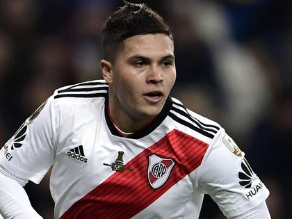 zzzzinte1River Plate's Colombian Juan Fernando Quintero celebrates after scoring against Boca Juniors during the second leg match of the all-Argentine Copa Libertadores final, at the Santiago Bernabeu stadium in Madrid, on December 9, 2018. (Photo by Javier SORIANO / AFP)zzzz