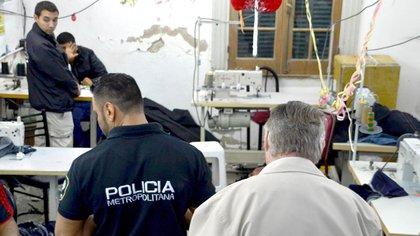 Junio de 2015: allanamiento en un taller de Parque Avellaneda NA 162