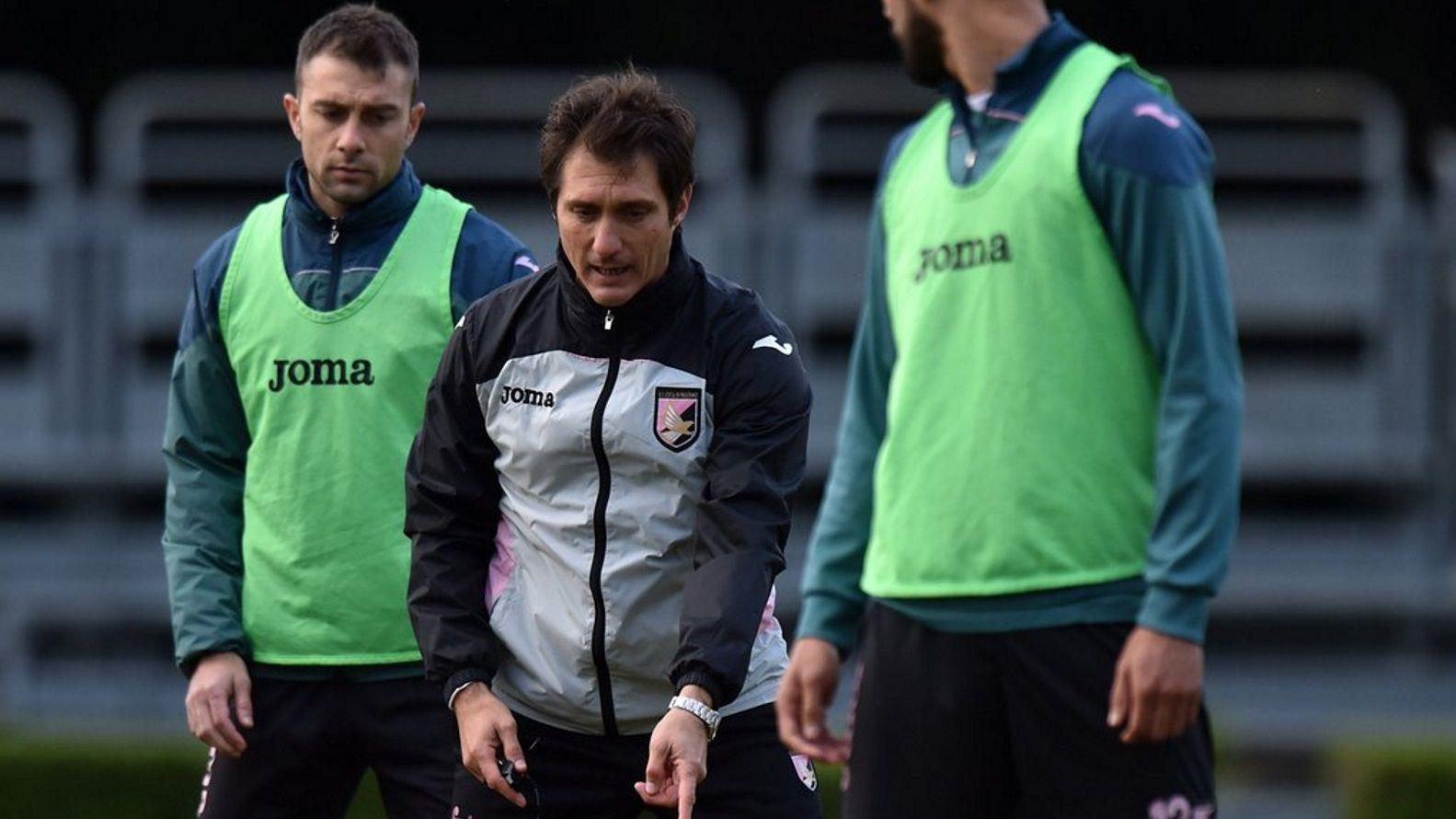 Barros Schelotto duró apenas 30 días en Italia dirigiendo al Palermo