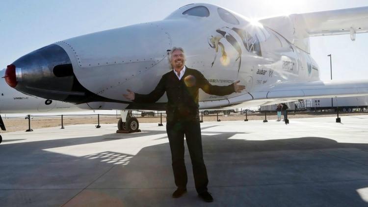 Richard Branson es el dueño de Virgin Group, unagrupo inversionista que tiene estudios de grabación, una aerolínea internacional y Virgin Galatic, una compañía de turismo espacial. (AP)