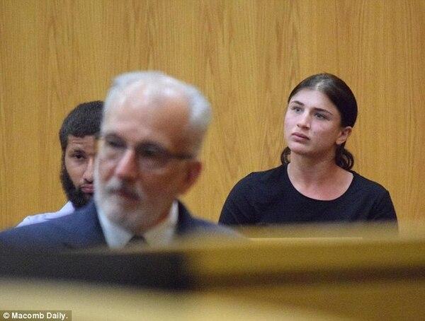 Kristina Perry durante el juicio