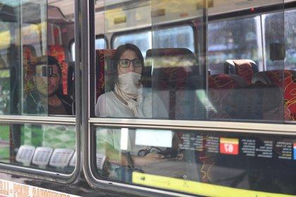 El uso de transporte público implica un riesgo medio (Maximiliano Luna)