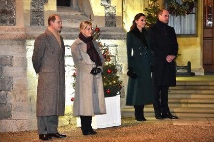 Los duques de Cambridge y Wessex durante su última aparición pública  (AFP)