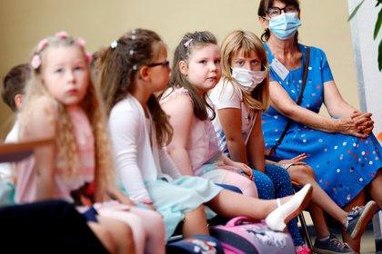 Primer día de colegio en la escuela de primaria Lankow, en Schwerin, Alemania. EFE/EPA/FELIPE TRUEBA