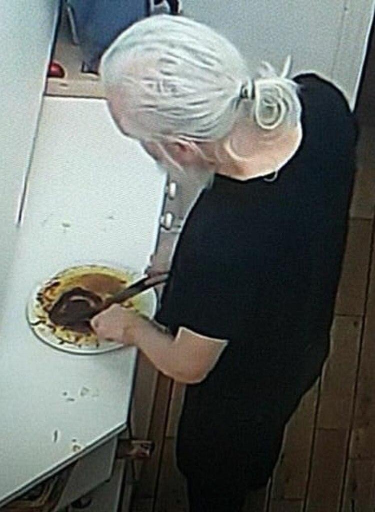 La higiene de Assange fue otro de los temas más comentados en los pasillos de la embajada