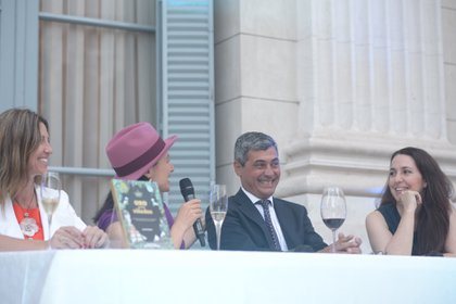 La chef Narda Lepes, Daniel Balmaceda y la sommelier Marina Beltrame hablaron sobre el libro.