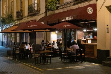 Se amplió el horario en que los restaurantes pueden estar abiertos. (Foto: Andrea Murcia / Cuartoscuro)
