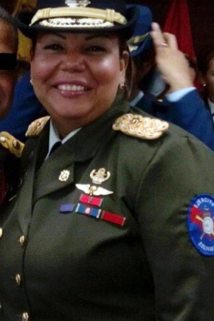Claudia Carolina Pérez Benavides de Mogollón (@TAMARA_SUJU)