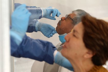 """""""Las pruebas tempranas son críticas. Las pruebas tempranas detienen una epidemia antes de que se descontrole"""", finalizó. (Foto: Reuters/Henry Romero)"""