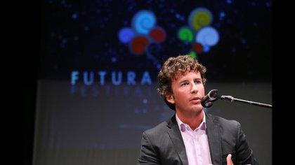 El joven pensador propone nuevas alternativas a viejos conflictos (diegofusaro.com)