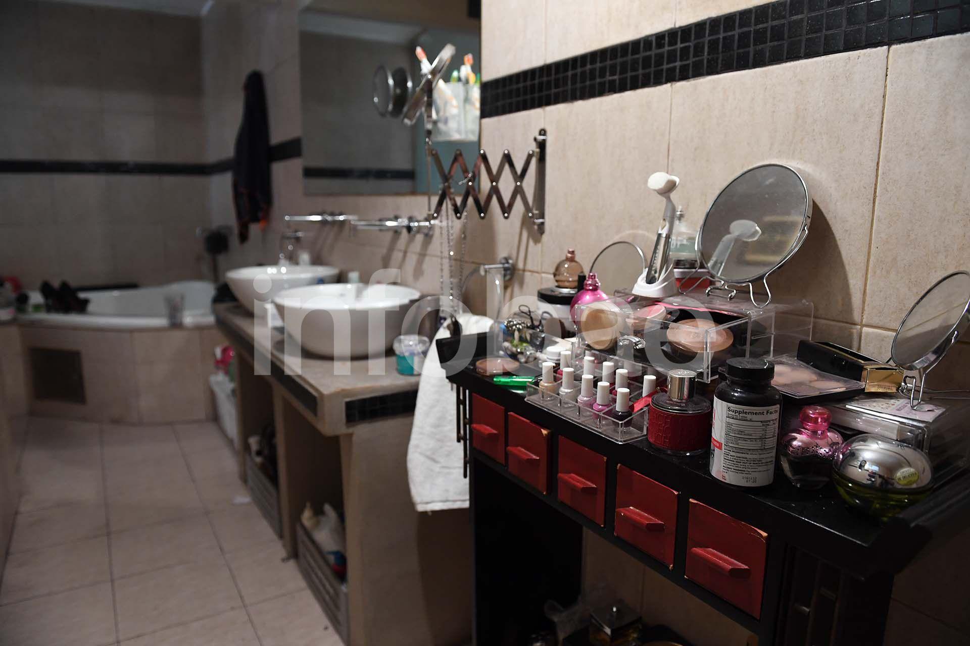 Una imagen del baño de Natacha