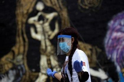 En México hay 50,517 muertes por coronavirus (COVID-19) y 462,690 casos confirmados acumulados.  (Foto: Reuters / Luis Cortes)