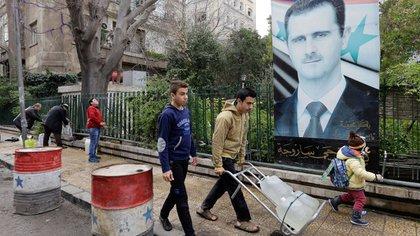 Los sirios sufren la escasez de agua (AFP)