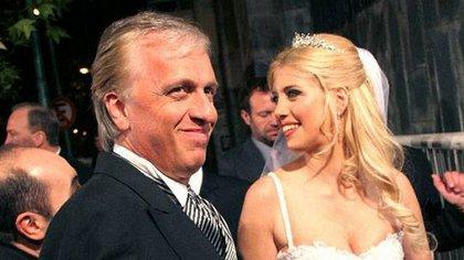 Andrés Nara y su hija Wanda en su primera boda con Maxi López