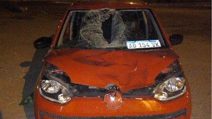Así quedó el auto del conductor agredido luego del accidente en el que mató al ciclista.