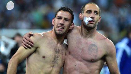 La emoción de Zabaleta tras vencer por penales a Holanda en las semifinales del Mundial 2014 (Foto: AFP)