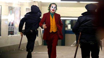 """Joaquin Phoenix deslumbra en el tráiler de """"Joker"""""""