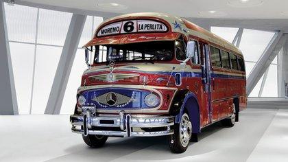 El colectivo 6 de La Perlita, modelo Mercedes-Benz 1112 de 1969