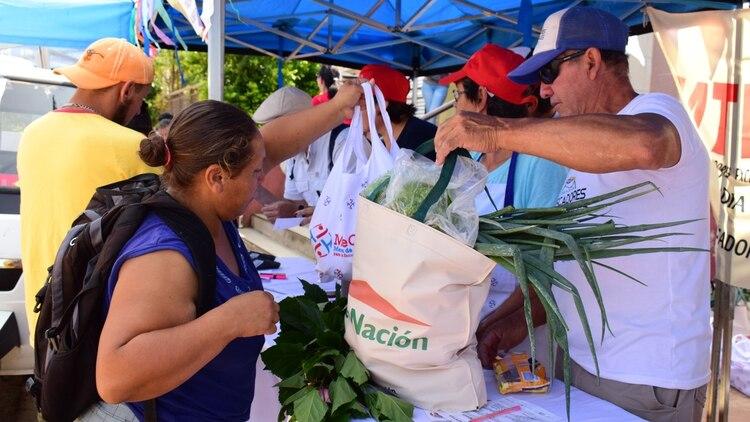 Feria donde se puede comprar alimentos con la tarjeta AlimentAR