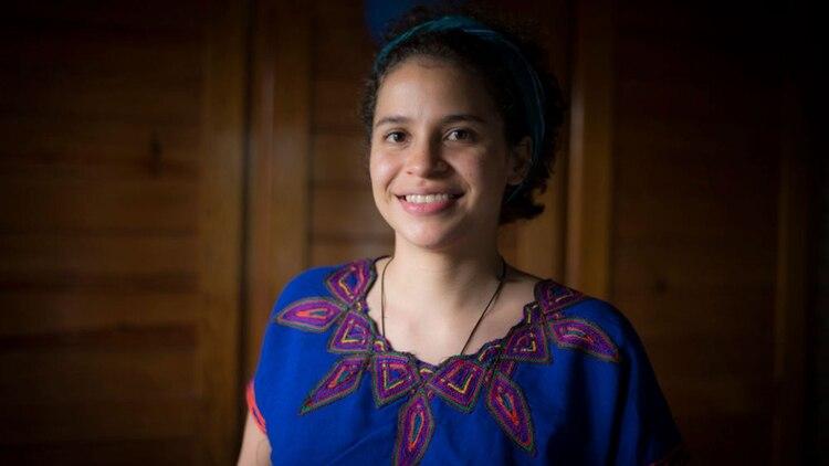 """Amaya Coppens fue expulsada de la universidad pública donde estudiaba Medicina. """"Vivo en el limbo"""", dice. (Cortesía de La Prensa)"""