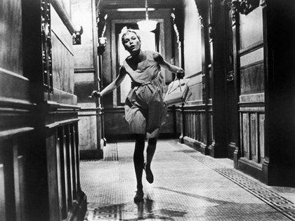 """Mia Farrow en una escena de """"El bebé de Rosemary"""""""