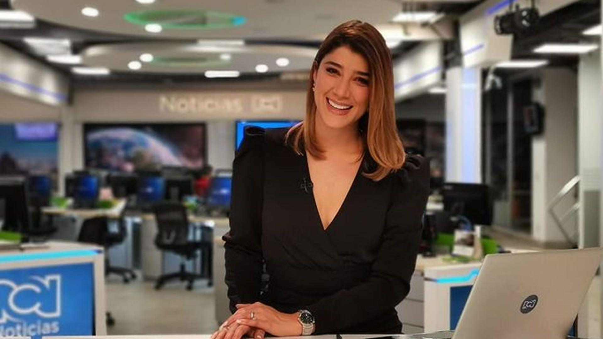 Andrea Jaramillo Char, presentadora de noticias. Foto: @ajaramilloch