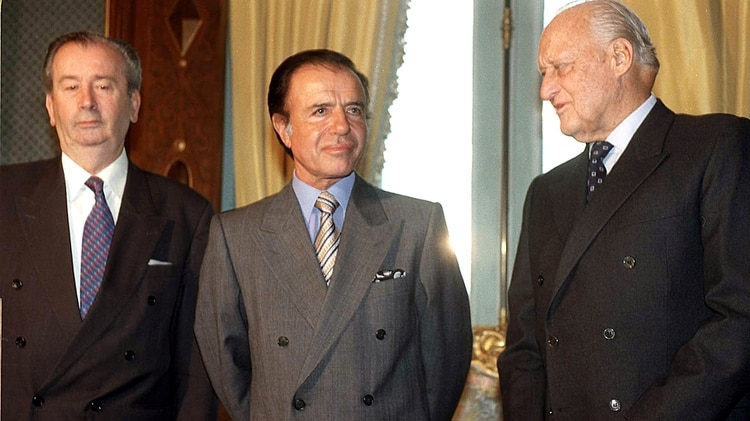 Grondona, Menem y Havelange, actores de reparto en la historia del doping de Maradona en el 94 (DyN)