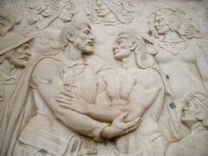 Fresco ubicado en la entrada de la Catedral de Asunción: muestra el abrazo entre Domingo Martínez de Irala y un cacique guaraní. En la escena se ve también a otro aborigen, un español y cuatro mujeres