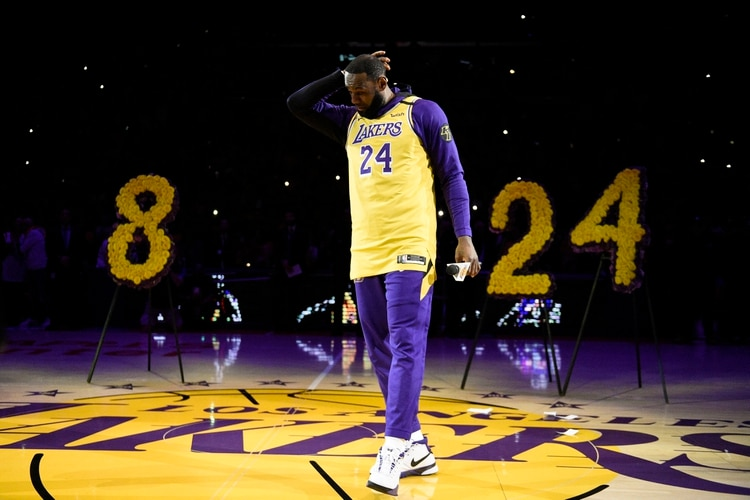 LeBron James despidió a su amigo Kobe Bryant (AP Photo/Kelvin Kuo)
