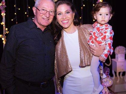 Las tres generaciones Guerrero: Eduardo, Adabel y Lola