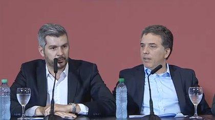 Marcos Peña y Nicolás Dujovne, en la conferencia de prensa del pasado jueves