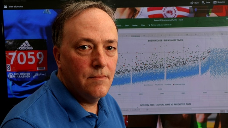 Derek Murphy, también maratonista, el dueño del sitio que denuncia los presuntos engaños de corredores.