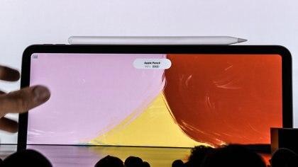 En esta iPad Air también puede usarse el Apple Pencil. (Foto: Stephanie Keith/Getty Images/AFP)