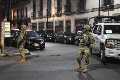 Personal de la Marina apoyados con policía de la CDMX realizaron un operativo en calle Peralvillo en donde catearon algunos domicilios, en busca de lideres de La Unión De Tepito, drogas y armas (Foto: Cuartoscuro)