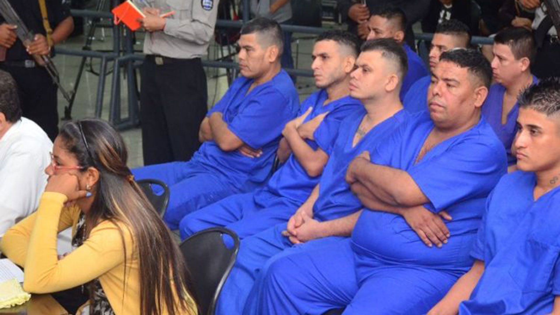 Presos políticos durante uno de los muchos juicios que se siguen en los juzgados de Nicaragua. Cortesía La Prensa/Nicaragua