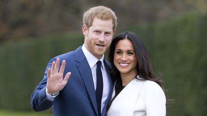 Meghan Markle y el príncipe Harry en el Palacio de Kensington Shutterstock (9243884o)