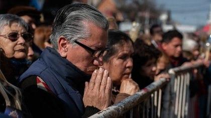 Desde el 2008, los creyentes que adhieren al culto católico bajaron del 76,5 al 62,9 por ciento. (Adrian Escandar)