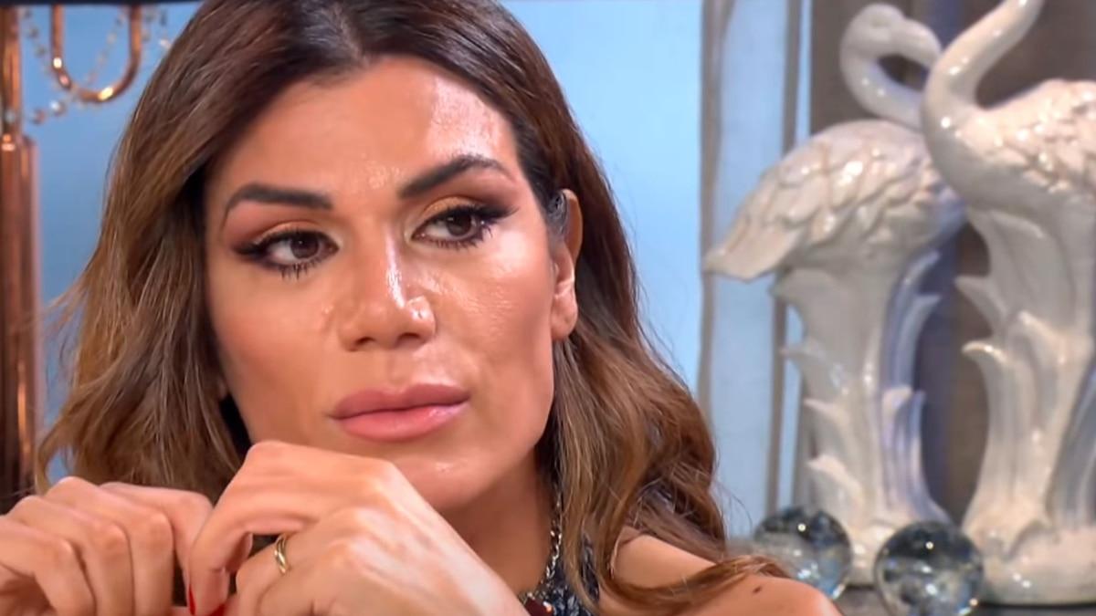 Fuerte repudio en las redes a Flor de la V por exponer la sexualidad de los famosos en un video - Infobae