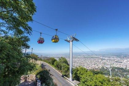 Vista desde las alturas del Cerro San Bernardo (Shutterstock)